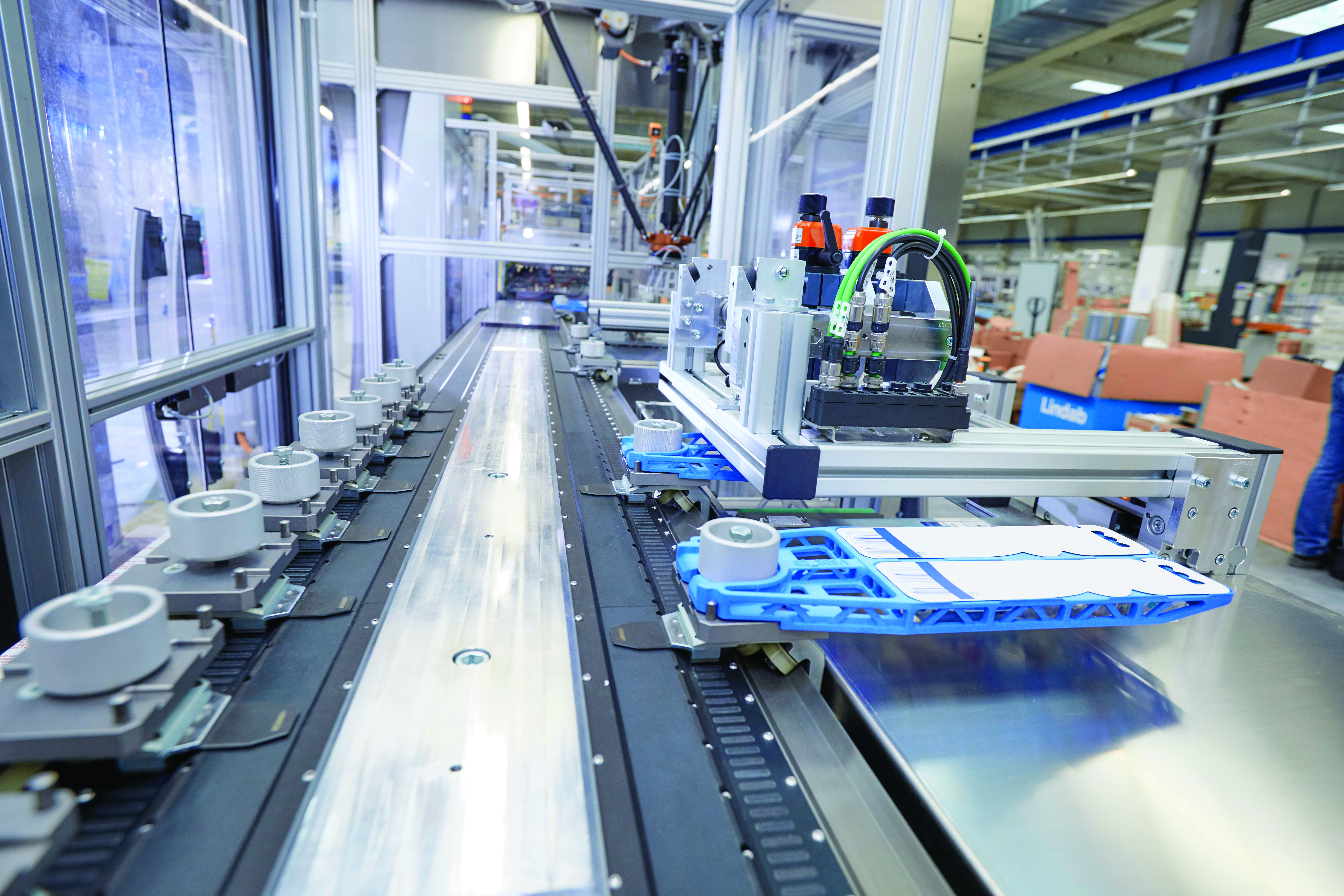 Designing packaging machines with pc based control ee for Koch pac systeme