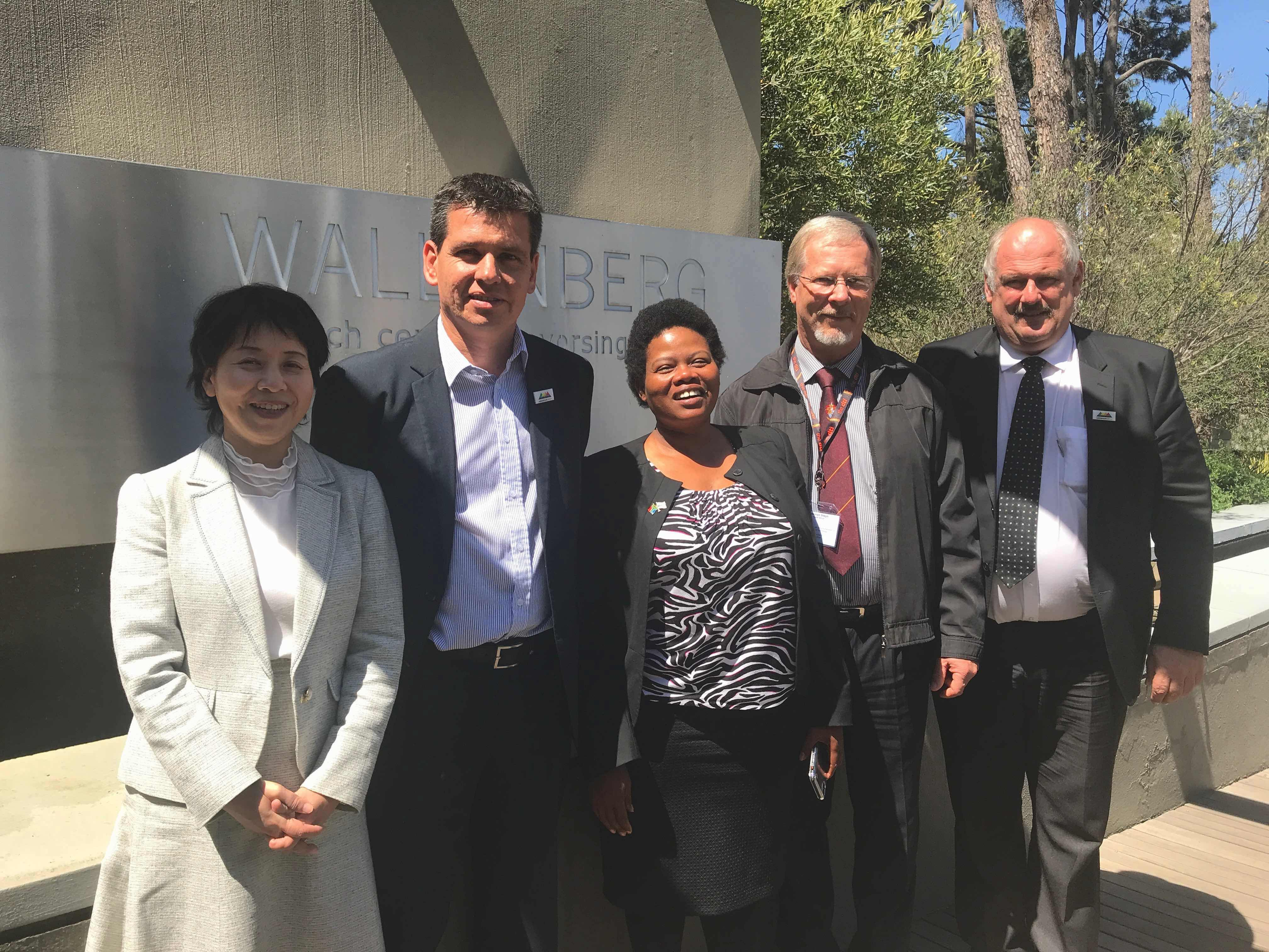 Rei Kawashima (UNISEC-Global), Francois Denner (SCS Aerospace Group), Pontsho Maruping (South African Council of Space Affairs), Herman Steyn (Stellenbosch University), Sias Mostert (SCS Aerospace Group).