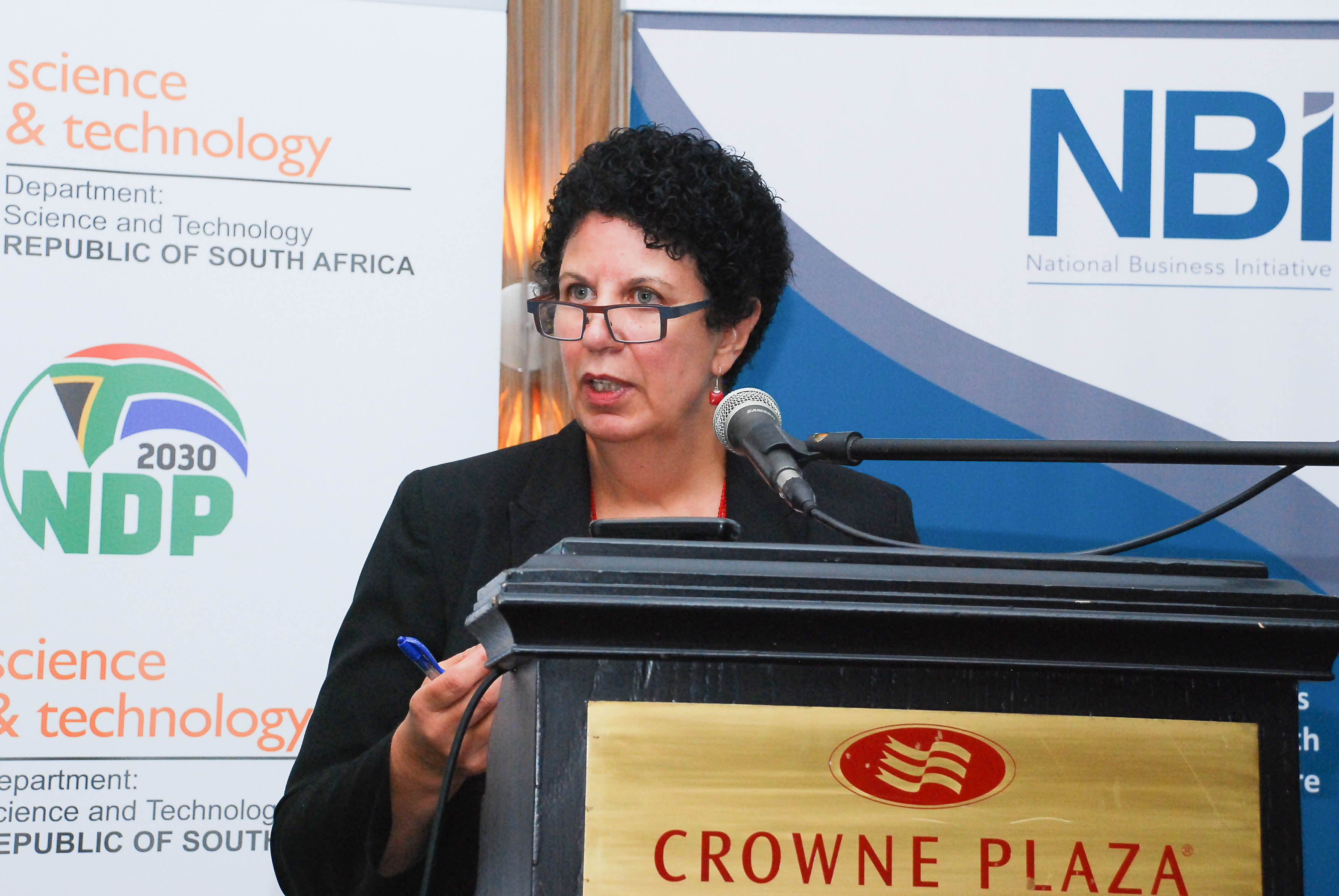 May Hermanus form the CSIR introduces the second edition of the South African Risk and Vulnerability Atlas.